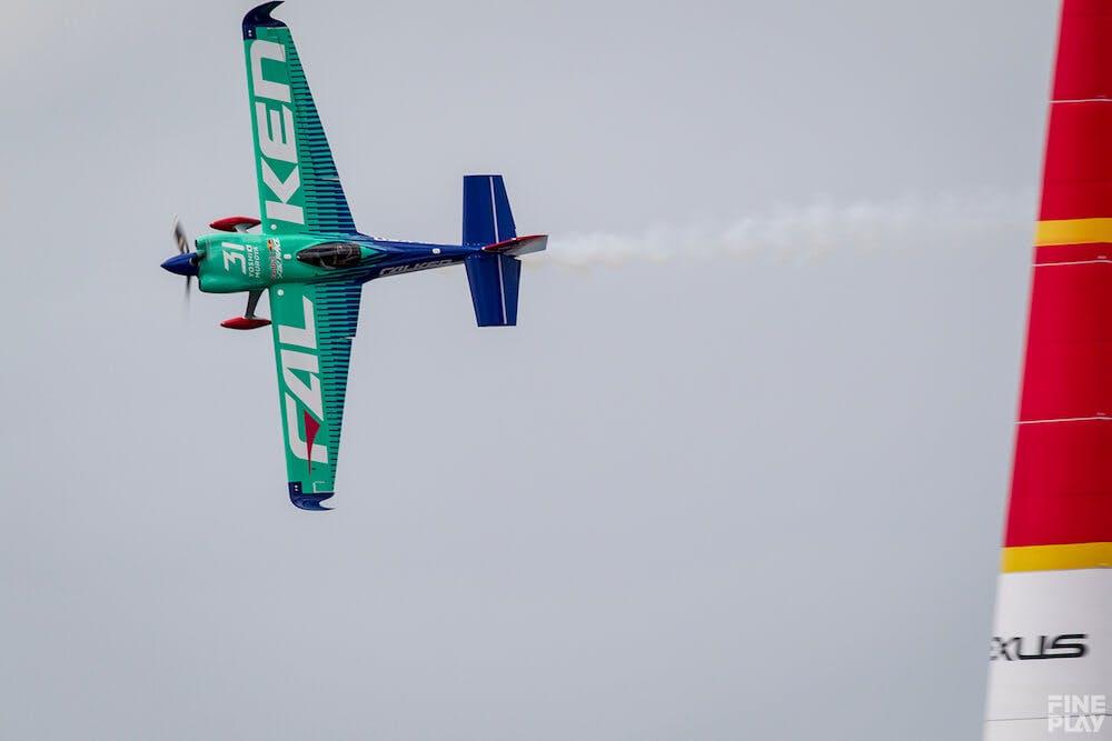 室屋義秀が母国で有終の美!「Red Bull Air Race World Championship ...