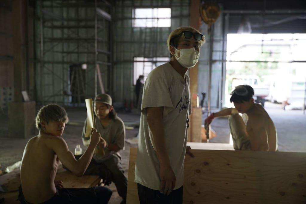 「施設内の障害物は自分たちでデザインし、実際の施工は大工さんの手ほどきを受け、チームメンバーも参加していました」