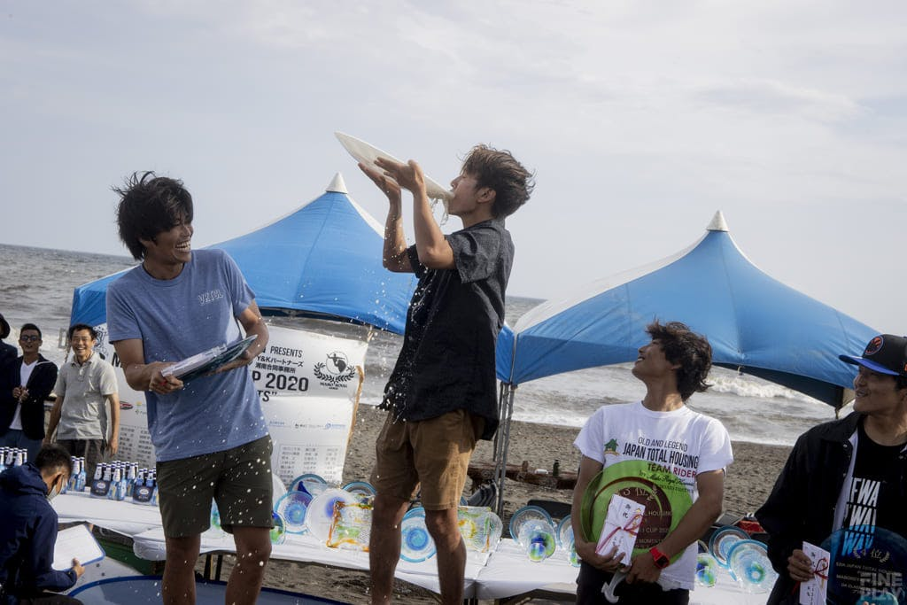 左から2位堀井哲、優勝浜瀬海、3位井上鷹 、4位鈴木剛 / photo by Shuji Izumo